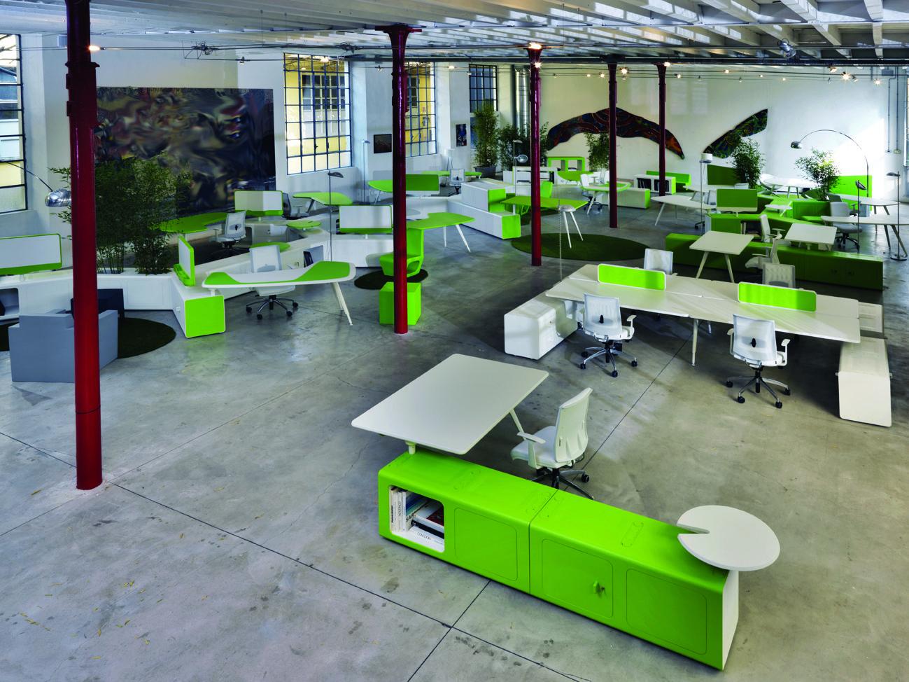 Oficina creativa beta dise ado por pierandrei associati espacio aretha agente exclusivo para - Luckia oficinas madrid ...