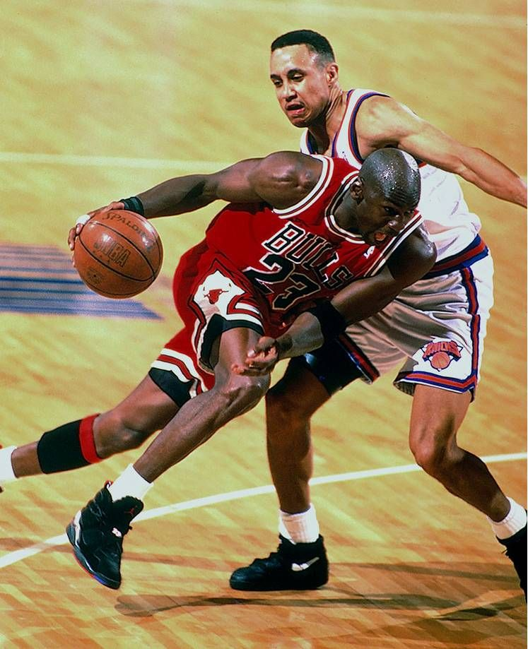 f7b824883c9 Michael Jordan drives against the New York Knicks in the 1993 NBA Playoffs.  After winning
