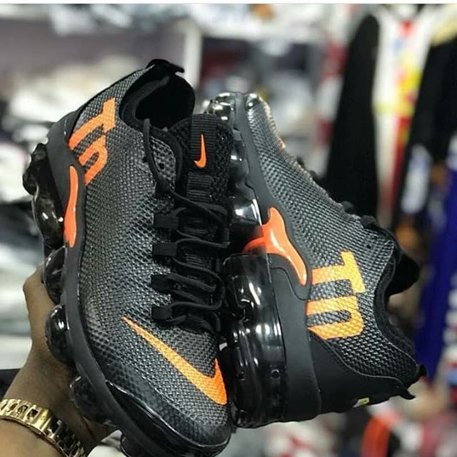 NIKE TN VAPORMAX PLUS AVAILABLE Price  25000 Comes with full box Nationwide  delivery Call or WhatsApp  08066644635  kicks mart   nigerianuniversity   Nigeria ... 431e91d461f