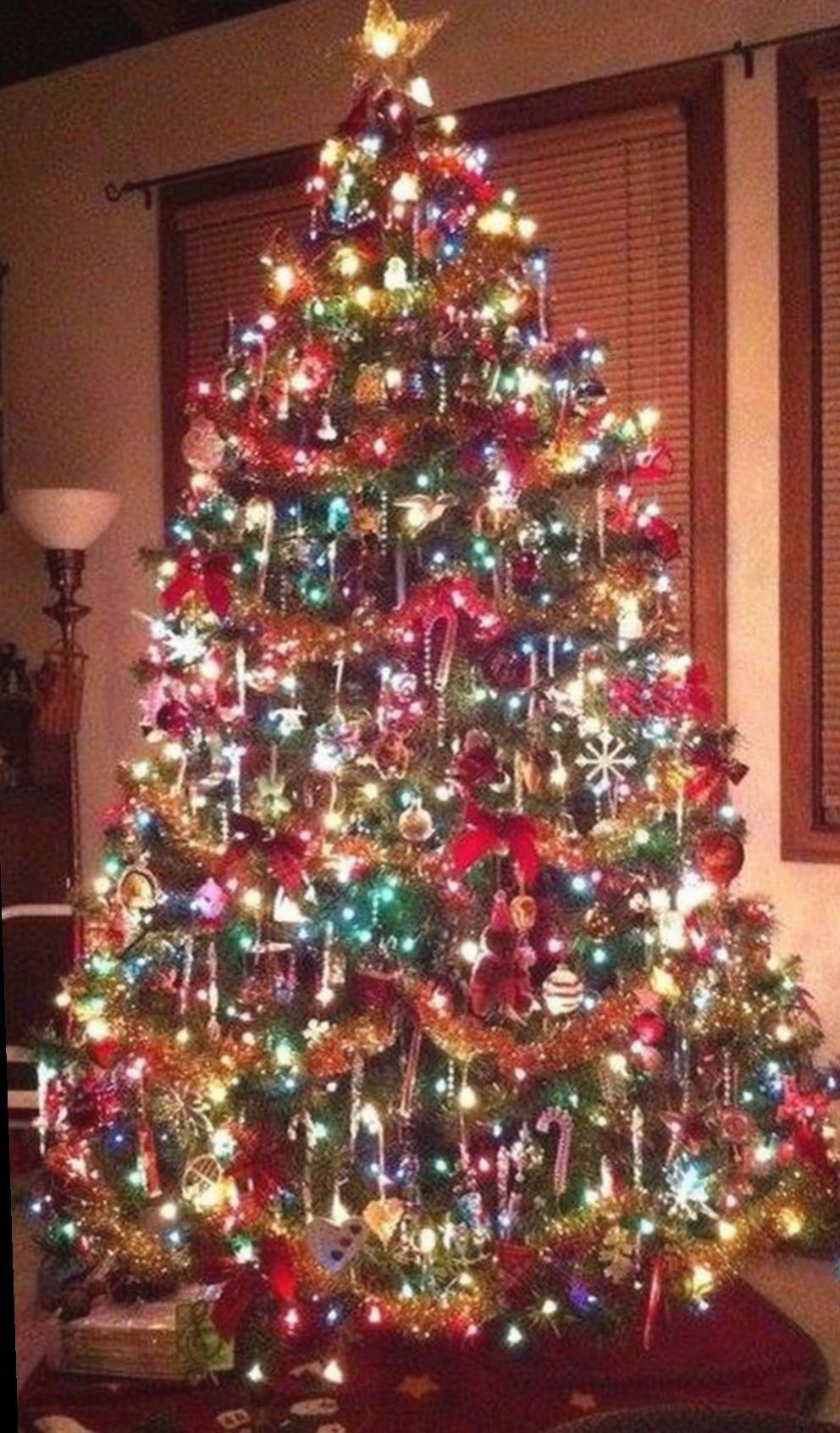 7 Christmas Lights Vintage Decorating Ideas Christmas Lights In 2020 Christmas Lights Xmas Tree Decorations Outdoor Christmas Decorations