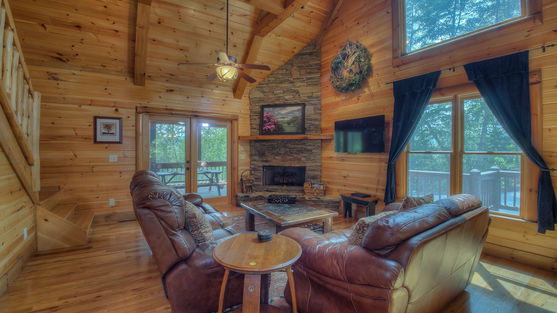 in lodge cabin cabinrentalsmountains star shooting high res rental georgia ridge blue cabins rentals ga