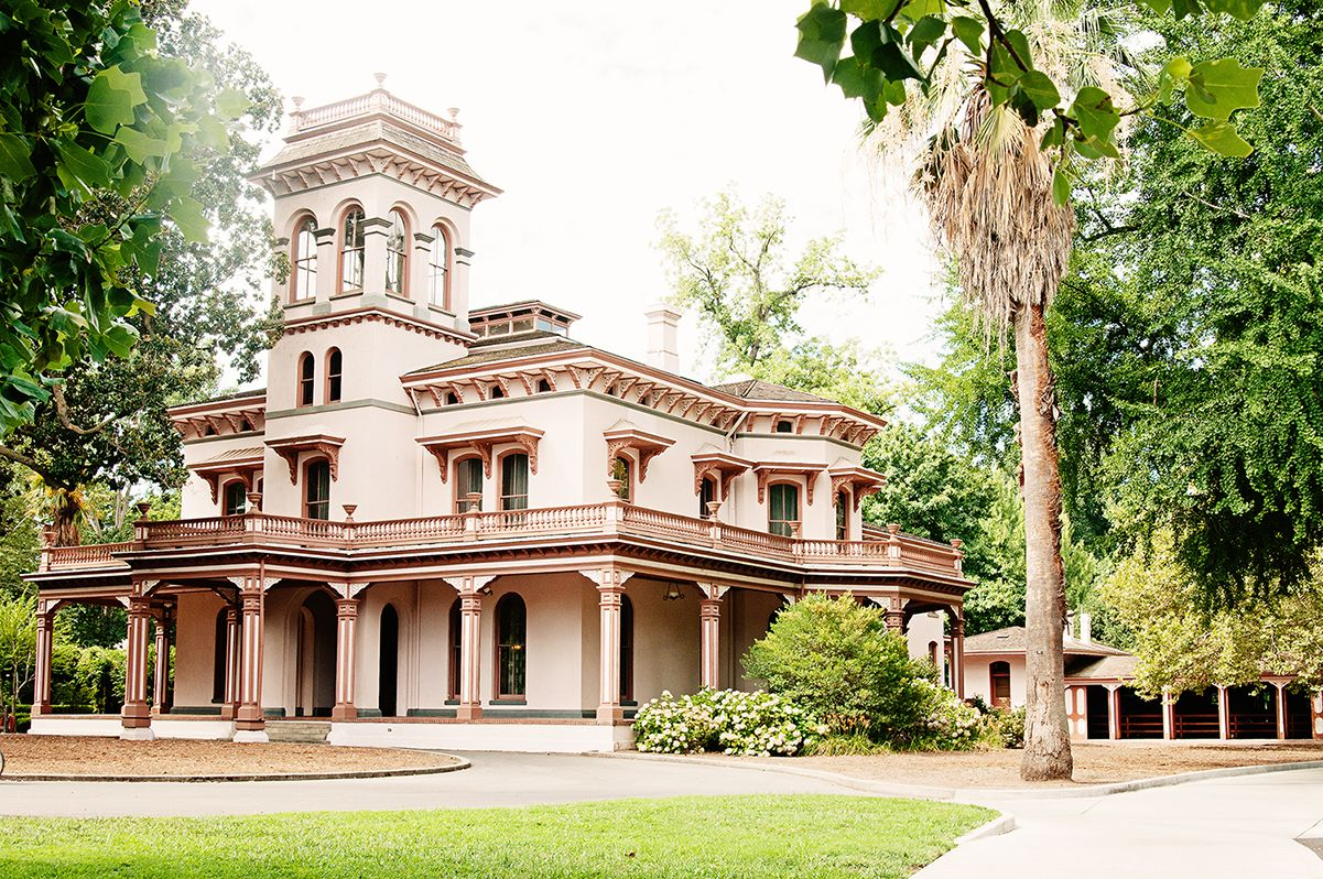 Chico Ca Community Info Real Estate Chico Mansions Beautiful Park