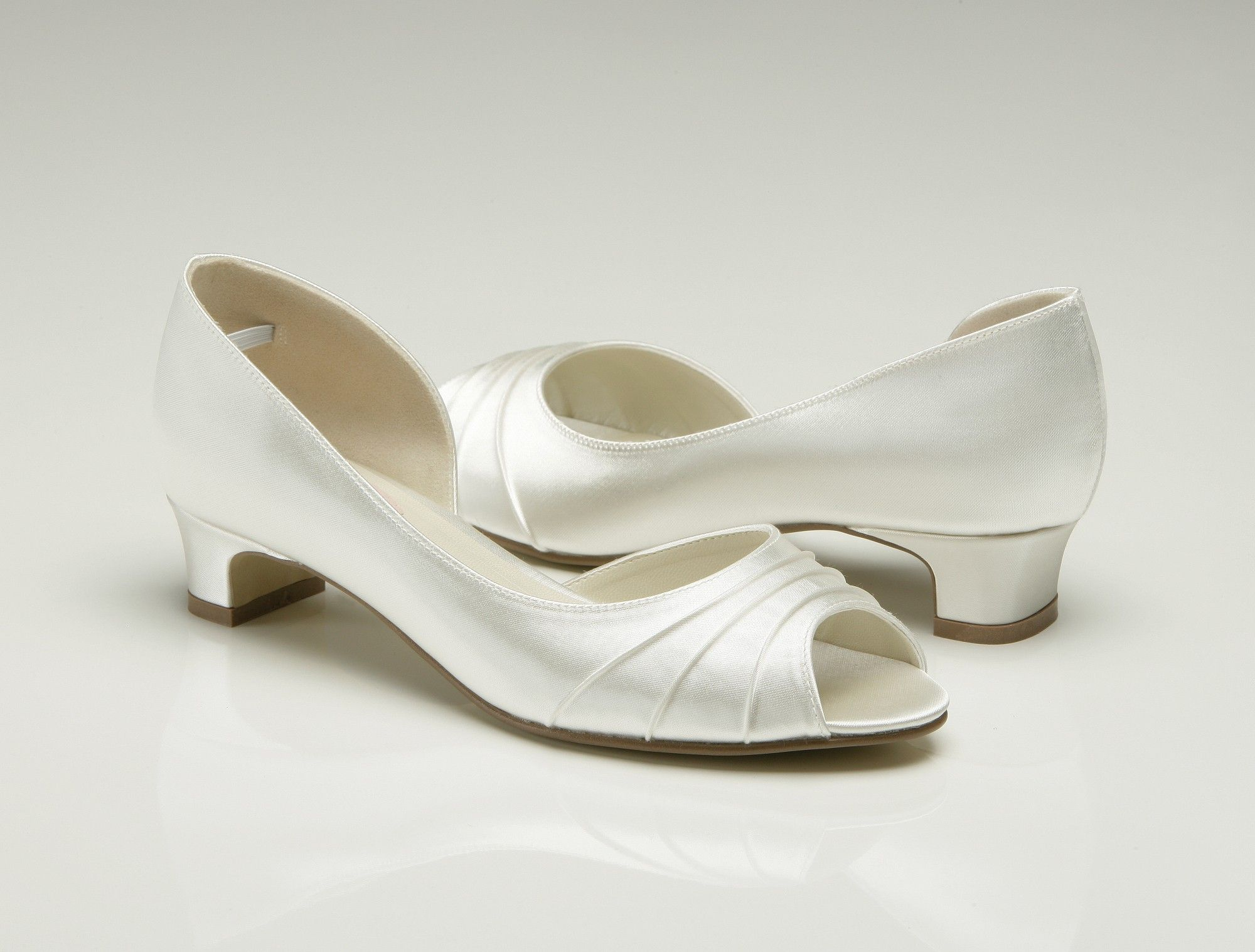 Comfortable Slip On Healess Wedding Shoes