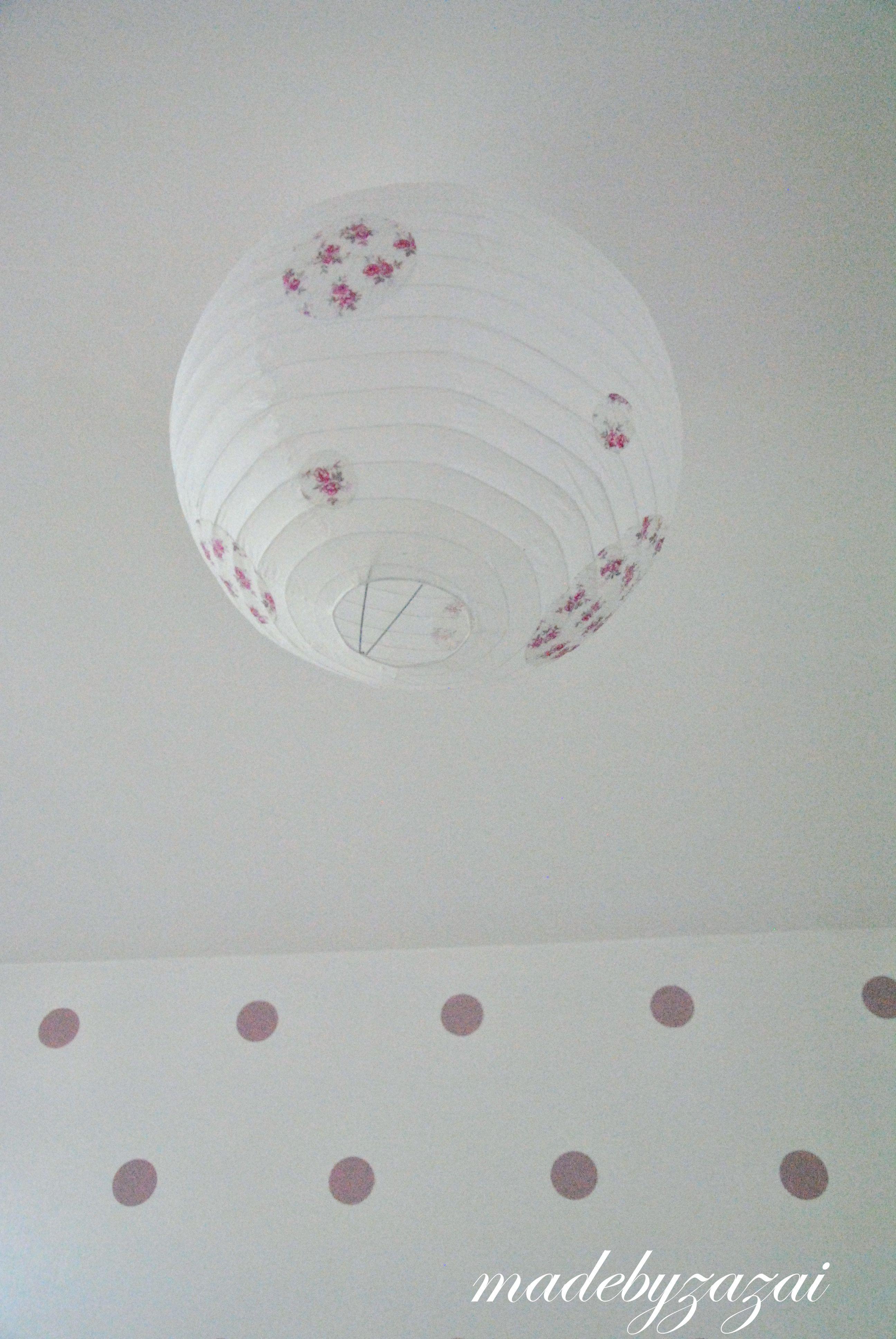 Boule chinoise relookée Suspension chambre bébé