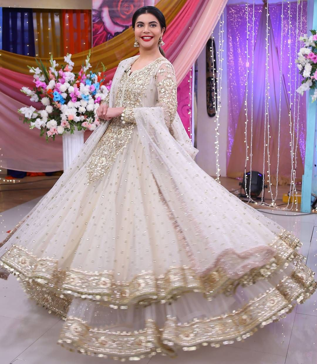 Pin by bakhtawar saeed on walima dresses pinterest parlour