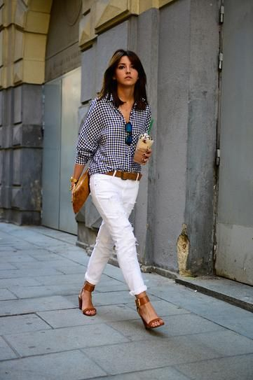 b44271e219 How to wear white denim this summer! Pair white pants with classic navy  print blouse and finish off with tan shoes and handbag. Contrast is good.  Notice the ...