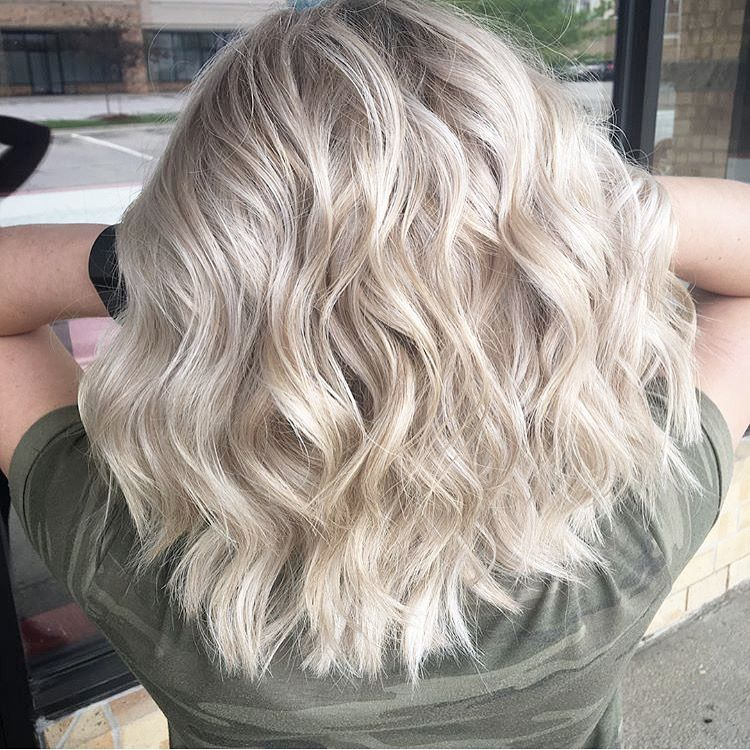 Blonde Babylights To Brighten Up This Blonde By Hairbydarcymae At Reveal Salon And Spa Omaha Ne Long Hair Styles Hair Styles Babylights