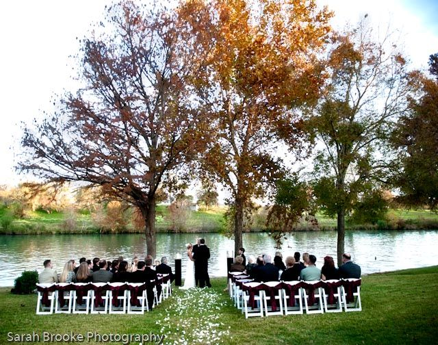 The Perfect Fall Outdoor Wedding Look Im Trying To Go For Too Bad
