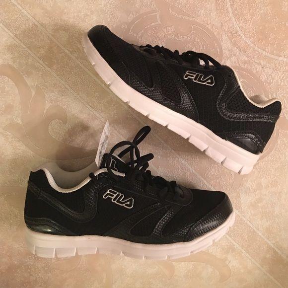 fila lightweight shoes