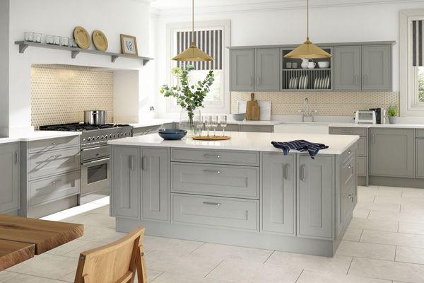 Painted Shaker Kitchen Light Quartz Worktops