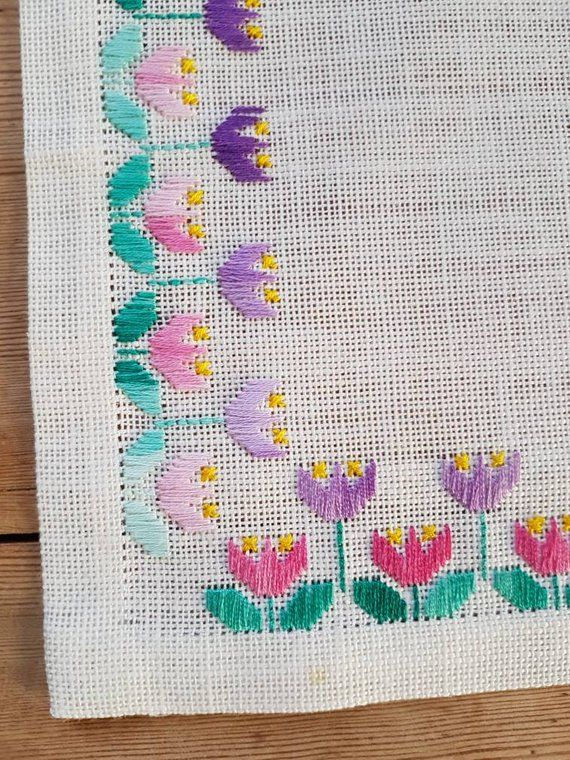 Beautiful embroidered tulip floral tablecloth /8 1/2″ x 8 1/2″ in linen from Sweden