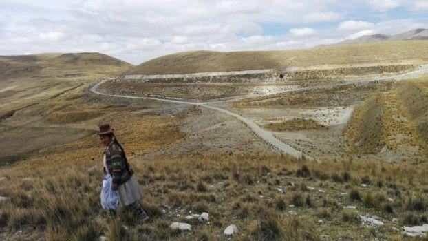 Líder indígena denuncia la contaminación que sufre a causa de la minería en Espinar - http://bit.ly/290SEF0 -