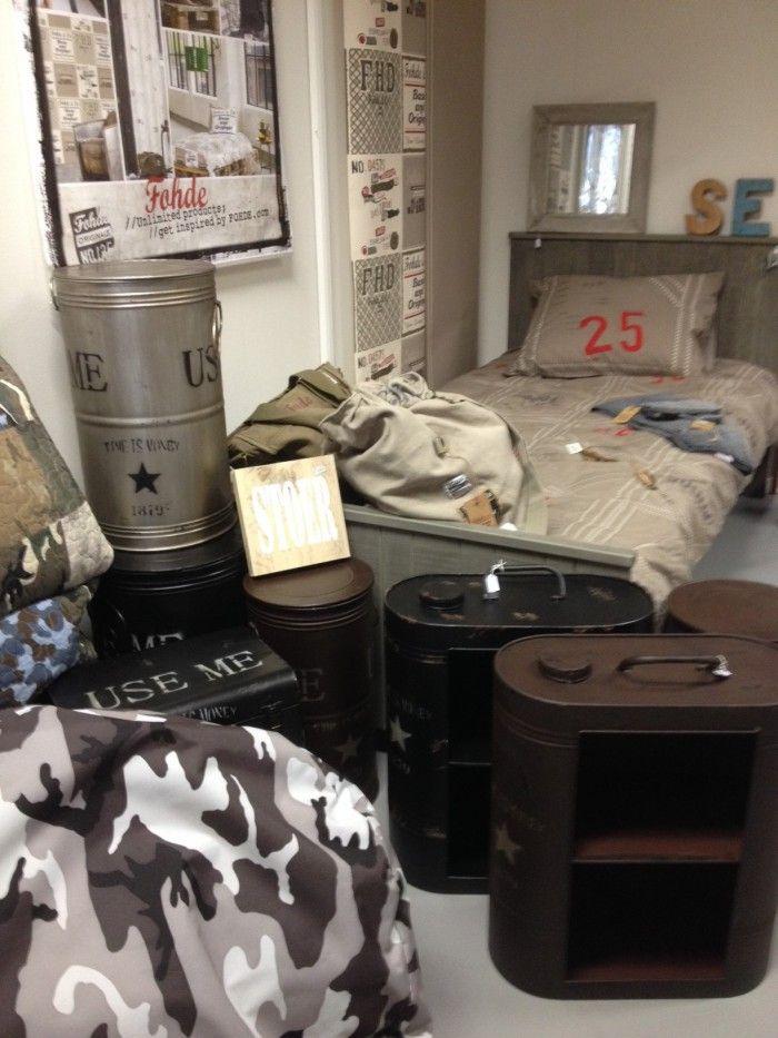 Jongens willen ook graag een gave slaapkamer om lekker te hangen met vriendjes met een stoer - Accessoire room ...