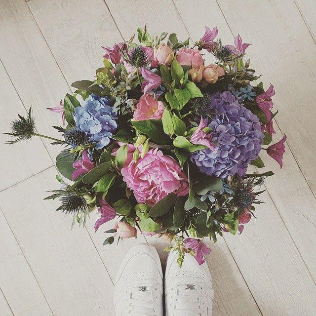 J ' A I M E la commande du jour  #instaflower #florist #flower #love #fleuriste #color #peony