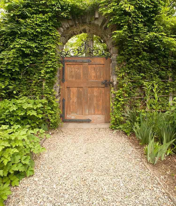 La Porte De Jardin Et Portail Nous Accueillent Avant Propriétaire - Porte de jardin en bois