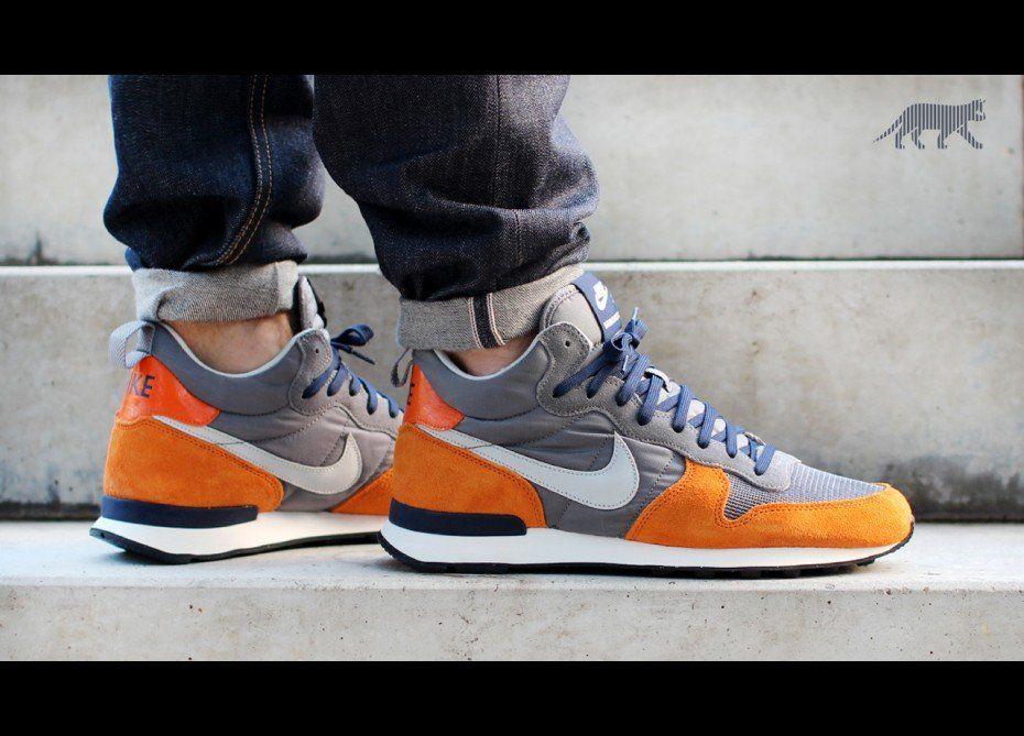 Nike Internationalist Mid   Asphaltgold, Sneaker herren und