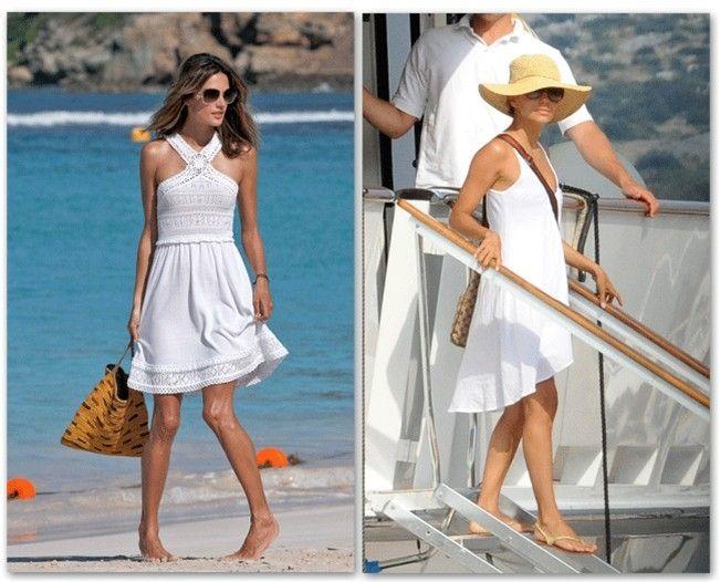 Vestidos Blancos Y Bolsos Grandes De Color Para Playa