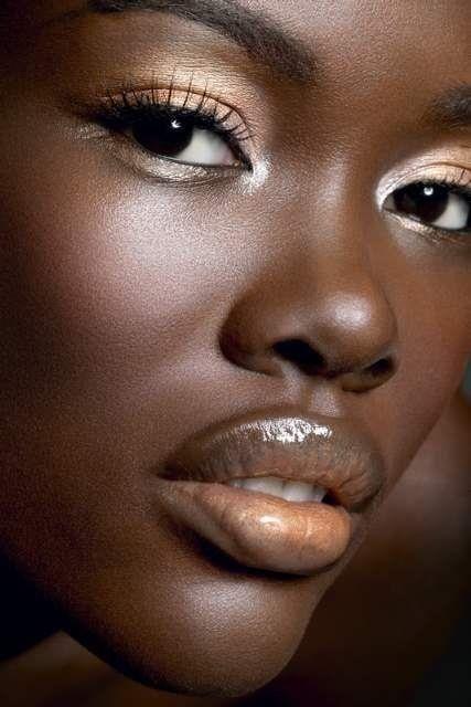 black mature pussy close up