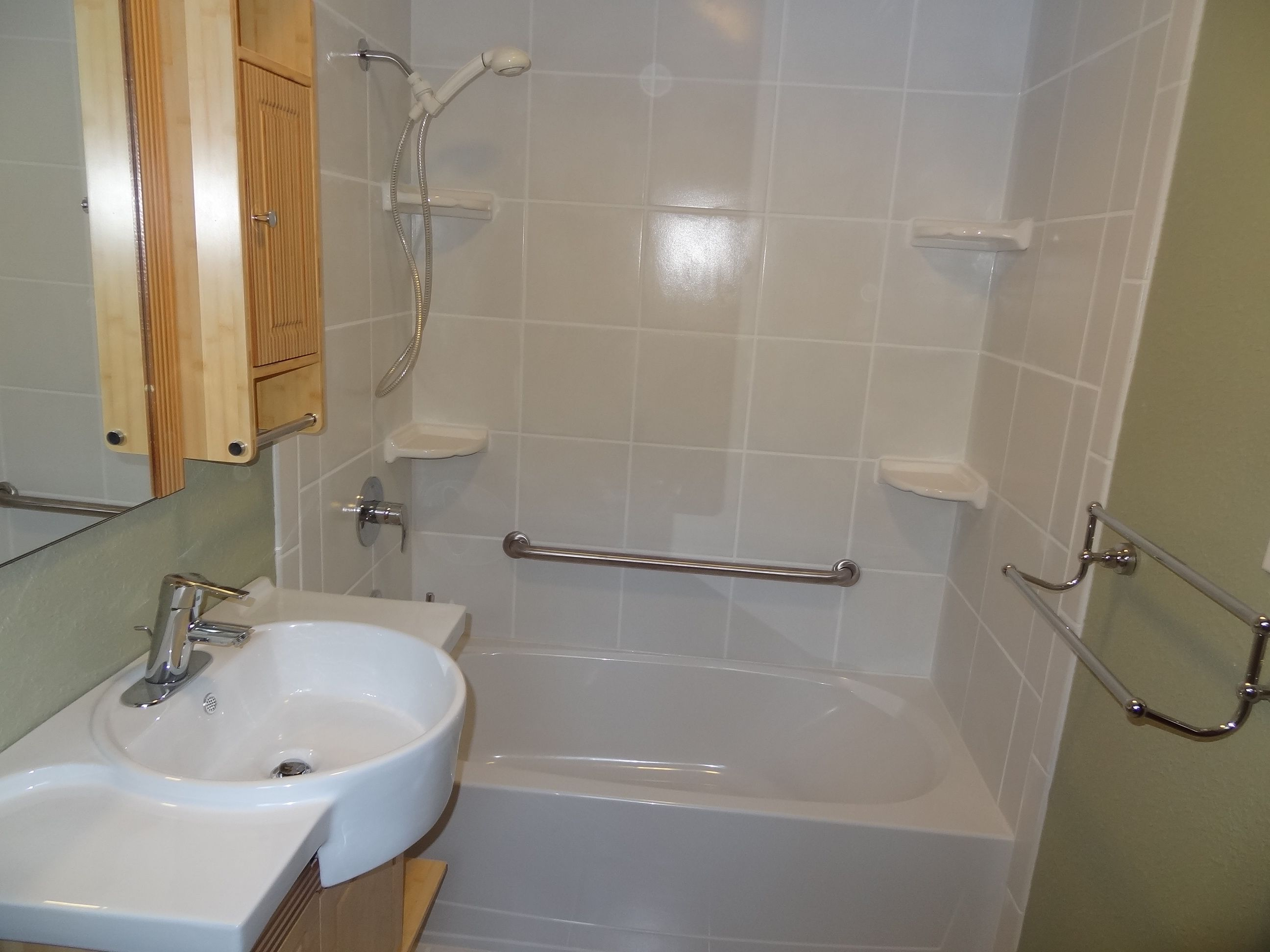 1000  images about Bathroom layout on Pinterest   Toilets  Vanities and Livingston. 1000  images about Bathroom layout on Pinterest   Toilets