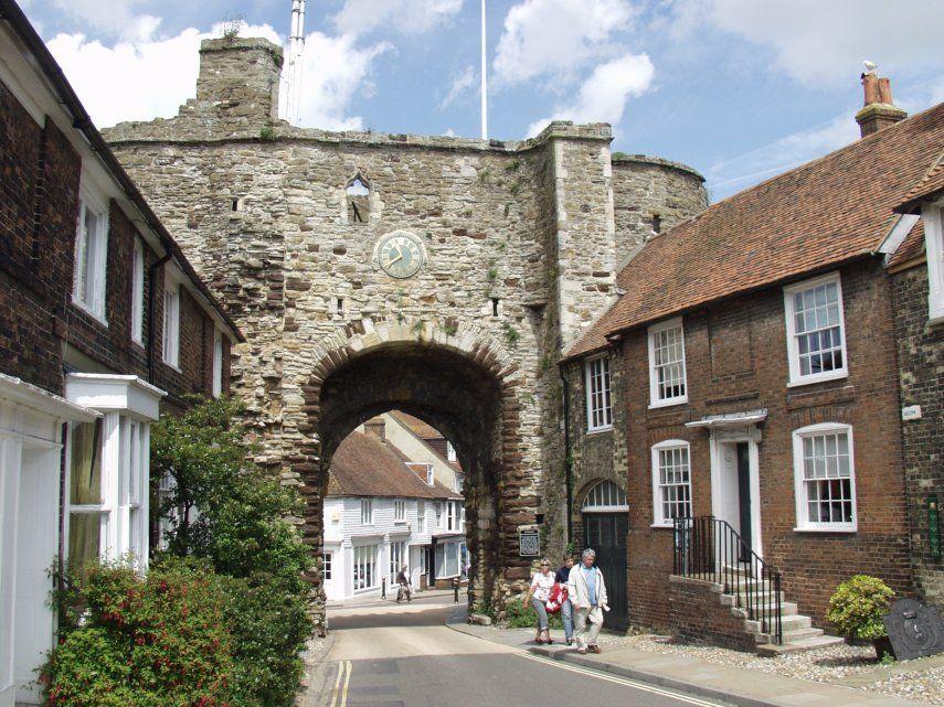 Landgate, Rye, Sussex, England, Great Britain.jpg (855×641)