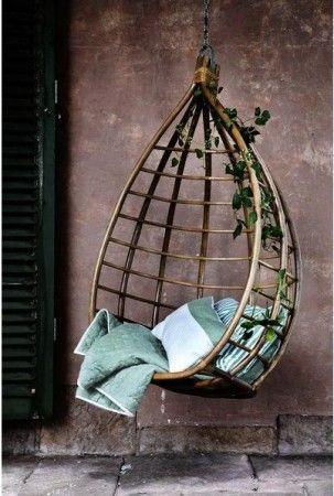 Un fauteuil suspendu - fauteuil oeuf balancelle | jardin | Pinterest ...