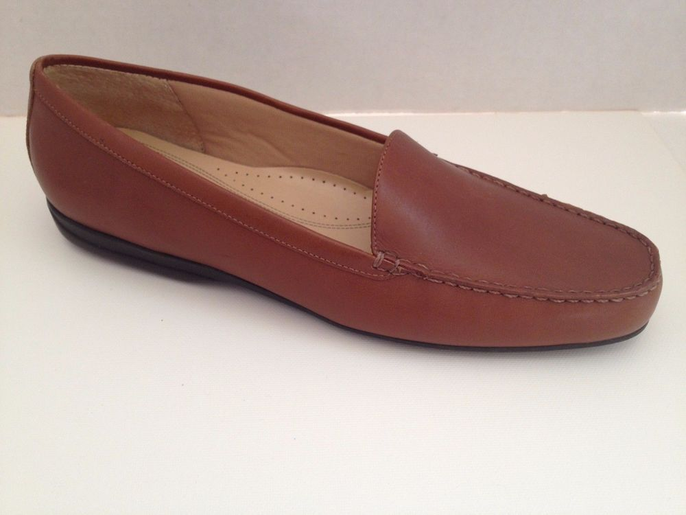 5cf45f01ebc Trotters Shoes Womens Size 10 N Loafers Brown 10N Narrow Width  Trotters   LoafersMoccasins  Casual