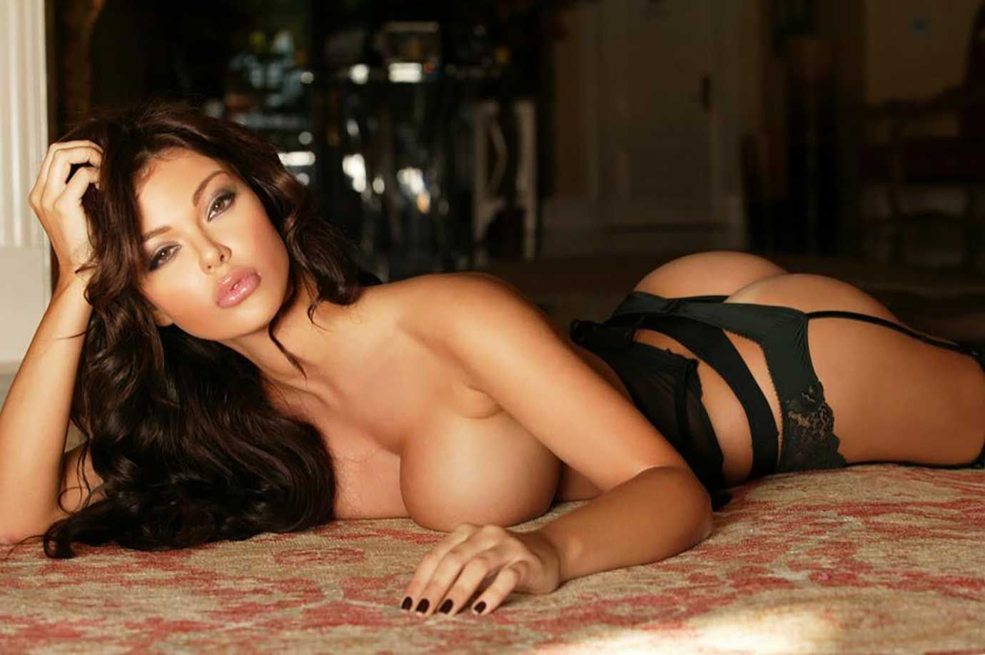 Самые сексуальные девушки всех времен, Самые красивые женщины всех времён по версии 20 фотография