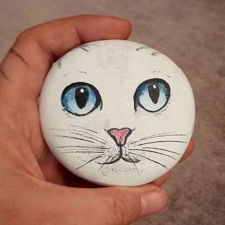 50 Inspiring DIY Painted Rocks Animals Cats for Summer Ideas (35 is part of Painted rock animals, Rock painting ideas easy, Painted rocks, Stone art, Rock painting art, Rock art - 50 Inspiring DIY Painted Rocks Animals Cats for Summer Ideas (35)