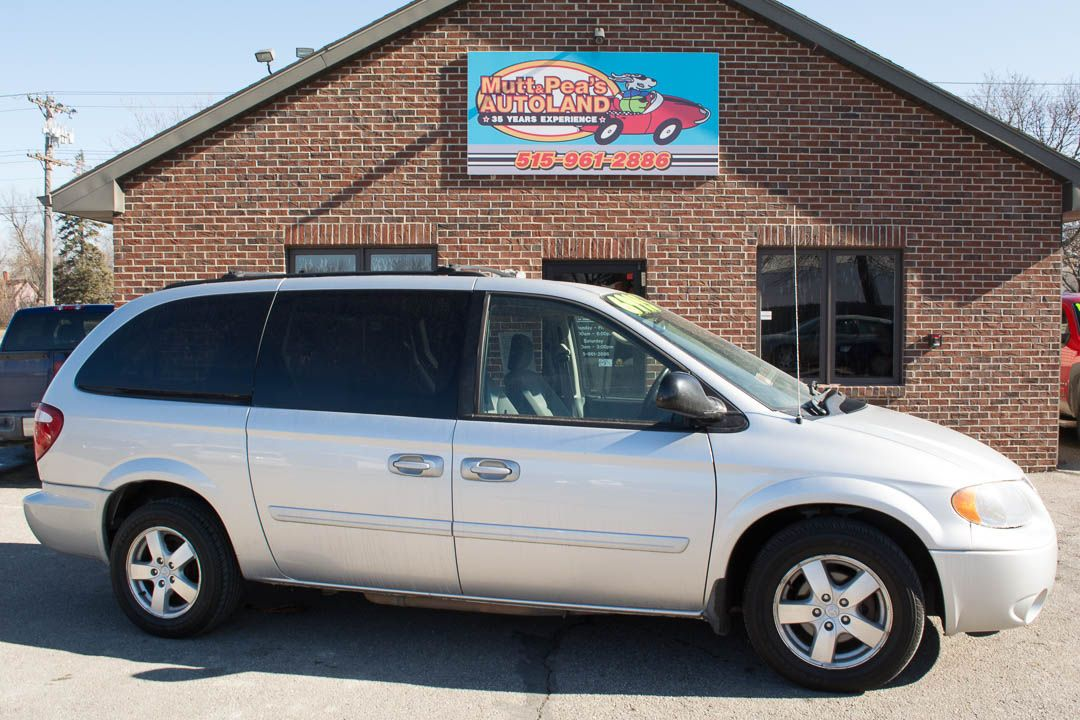 2006 Dodge Grand Caravan The 2003 Dodge Grand Caravan Sxt Is