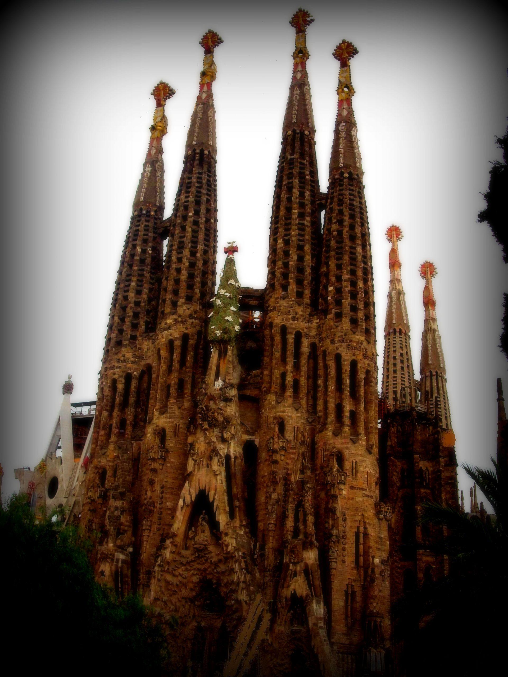La Sagrada Famiglia Barcelona Spain Company Trip To Spain Tours Amazing Foto Le Foto Storie