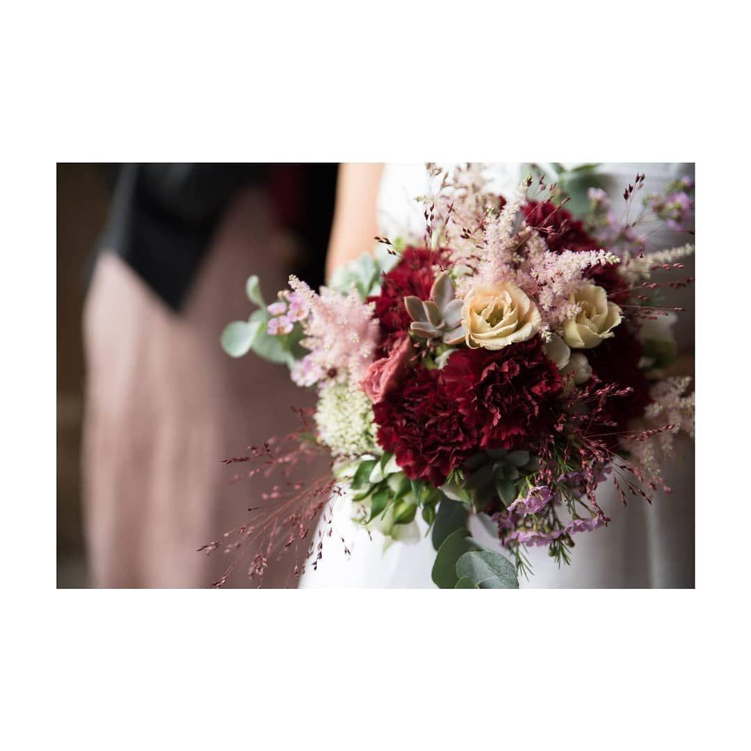 Bouquet per Valentina ♡♡♡ Valentina & Davide 13 Ottobre 2018 ♡♡♡ Ph: @michaelfelici ○ #vivaiozanotti #floreal #bridalbouquet #bunch #floralbouquet #zanottata #weddingdesign #wedding #matrimonio #instaflower #flowerdesign #sposarsiasanmarino #visitsanmarino #volgo_sanmarino #flowerpop #flowerporn #flowerdecor #flowerlovers #fleur #bouquet #marsala #echeveria #weddingbunch #love #sposa #bouquetsposa #astilbe #dahlia #astilbebouquet Bouquet per Valentina ♡♡♡ Valentina & Davide 1 #astilbebouquet