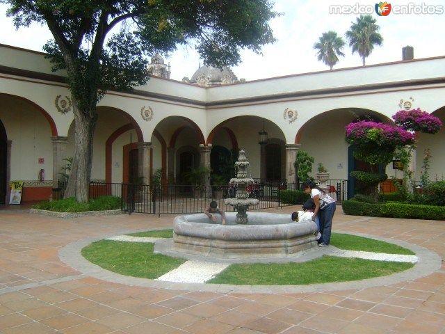 Fuente y patio de la ex hacienda juriquilla queretaro - Fuente para patio ...