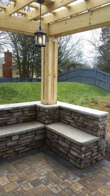 Stone Veneer Sitting Wall With Back Rest Rock Face Concrete
