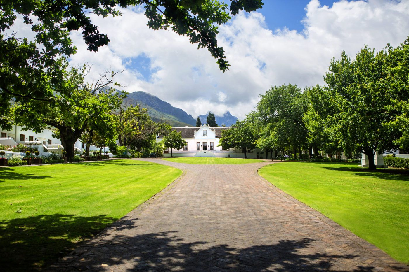 Win a fournight, luxury winelands stay worth R40 000