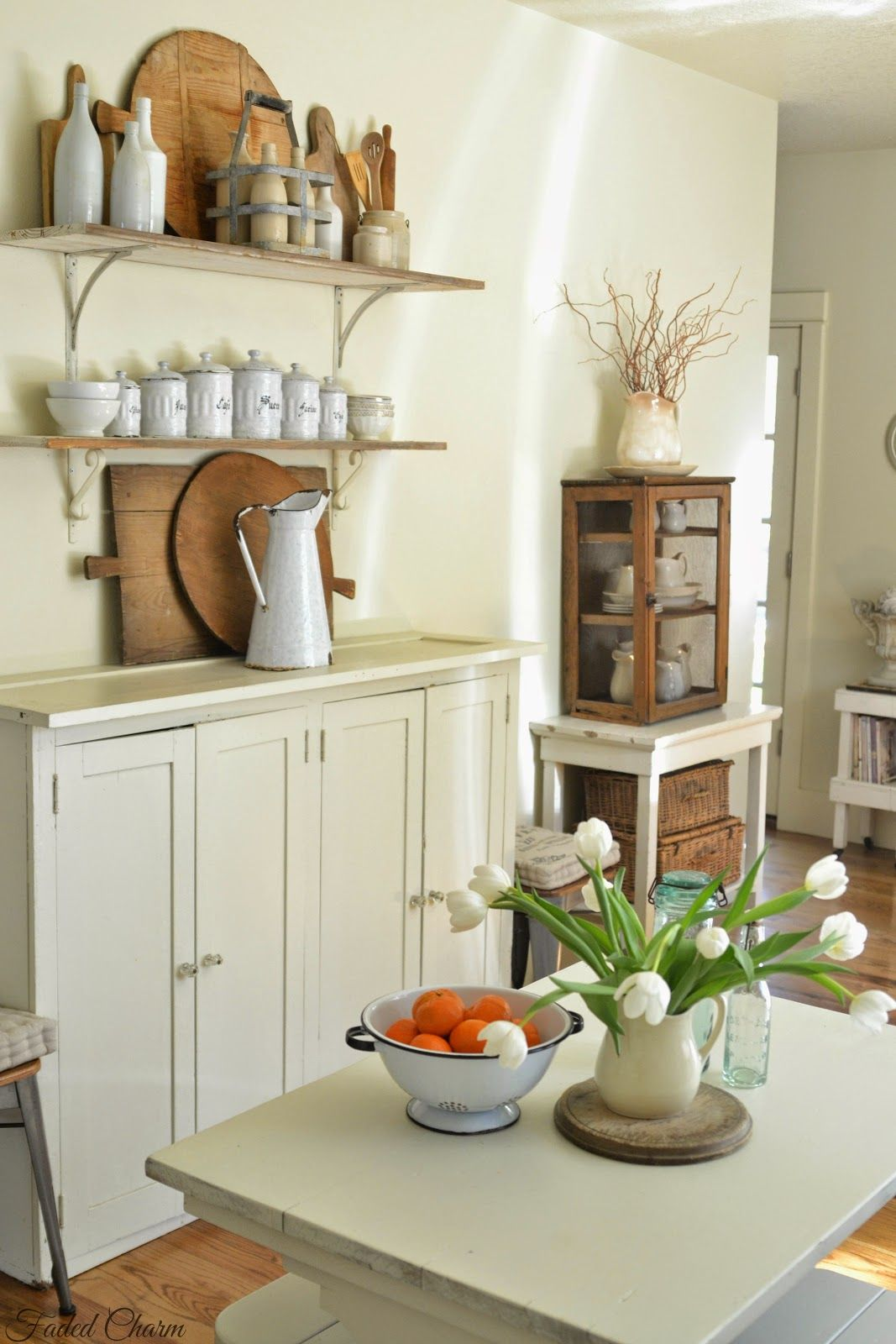 Faded Charm DiY Farmhouse Style Decorating Ideas ! | Home Decorating ...