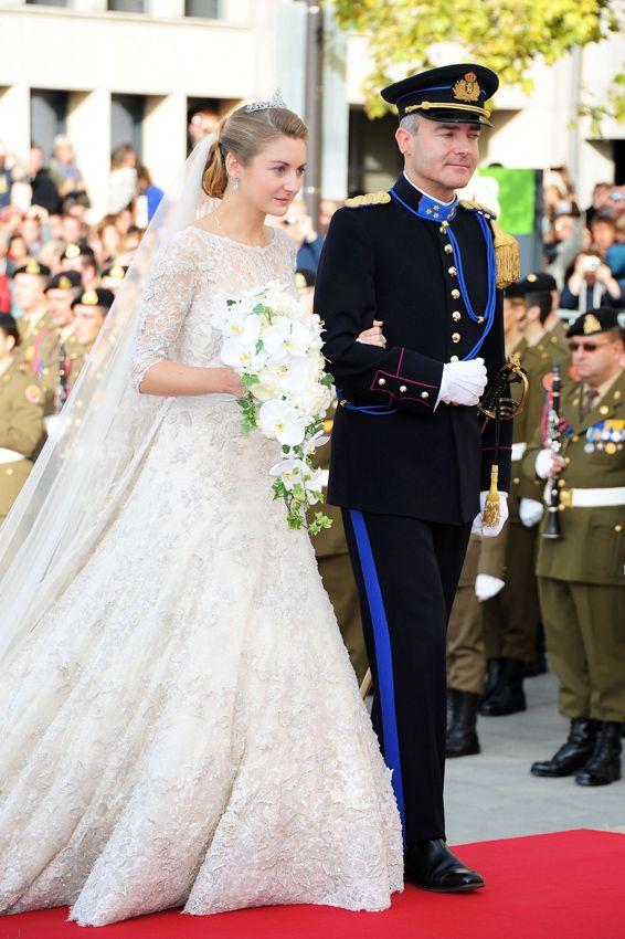 b7610a87e Al detalle  el espectacular vestido de Elie Saab