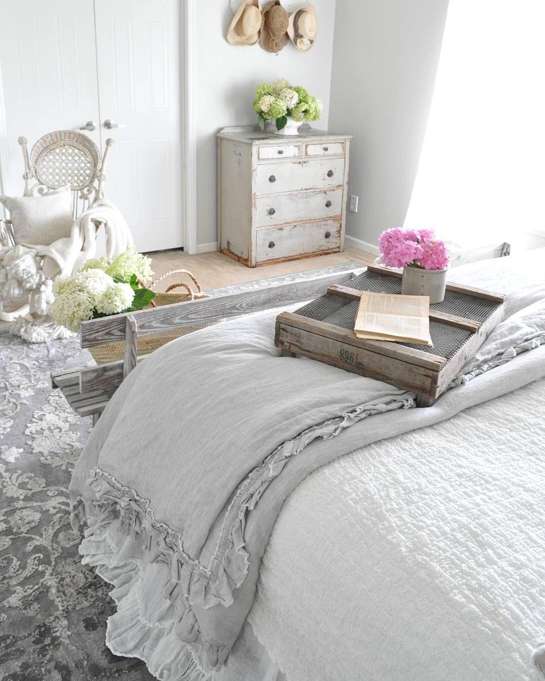 pin de antonio ruiz en imagenes decoracion de recamaras matrimoniales decoracion recamara y. Black Bedroom Furniture Sets. Home Design Ideas