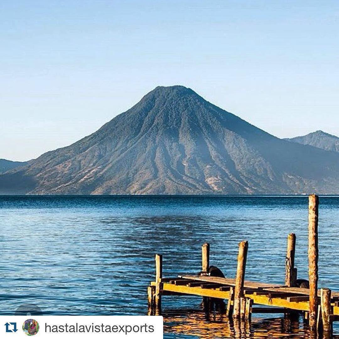 Mountain views #onelove #islandsmiles #westindieswear @hastalavistaexports