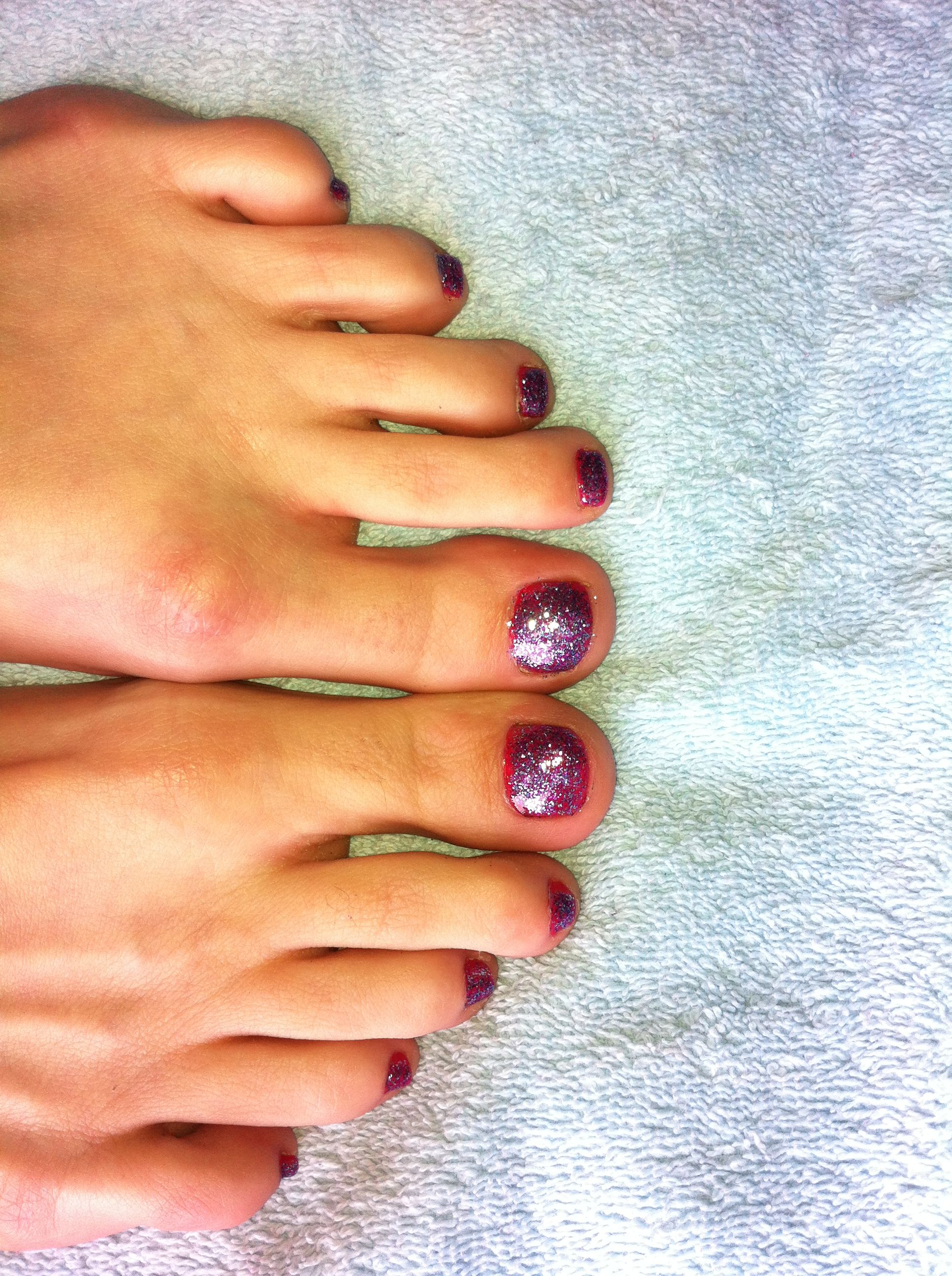 Sparkly DISCO toes!! So much fun!! Bright pink with blue n purple sparkles on top!! :)