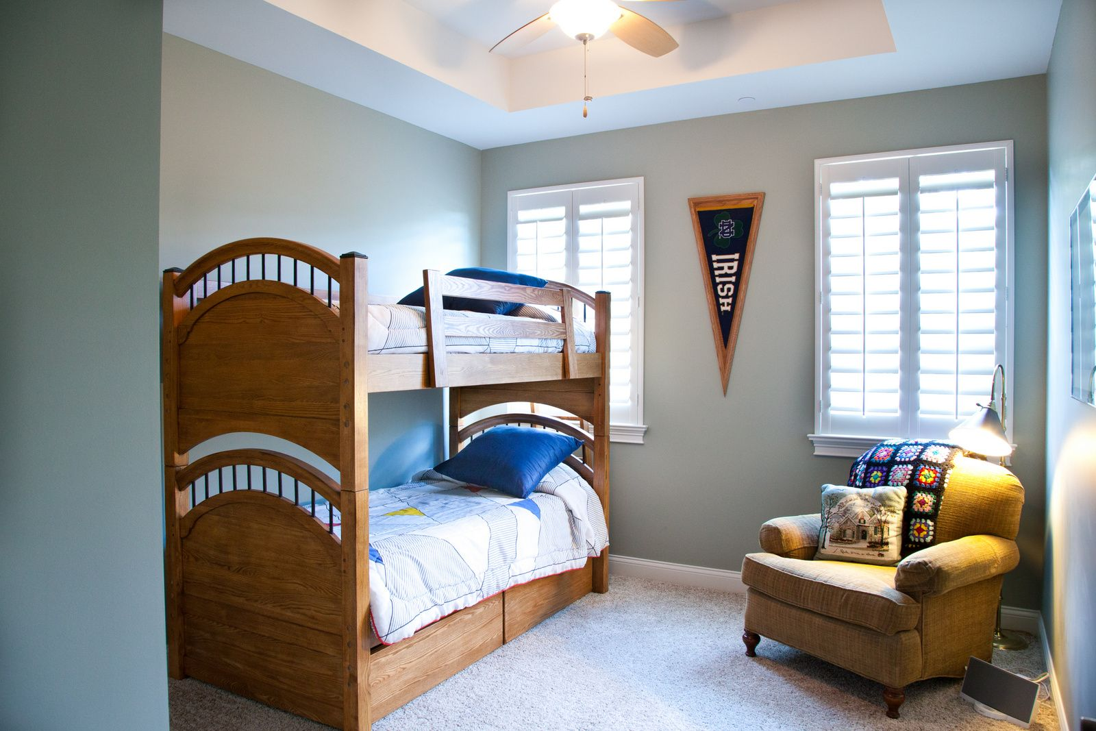 ivy quad bedroom 10 ceilings with coffer bunk beds chair