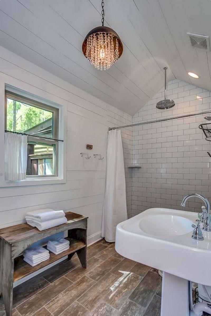 38 stunning farmhouse bathroom tiles ideas farmhouse