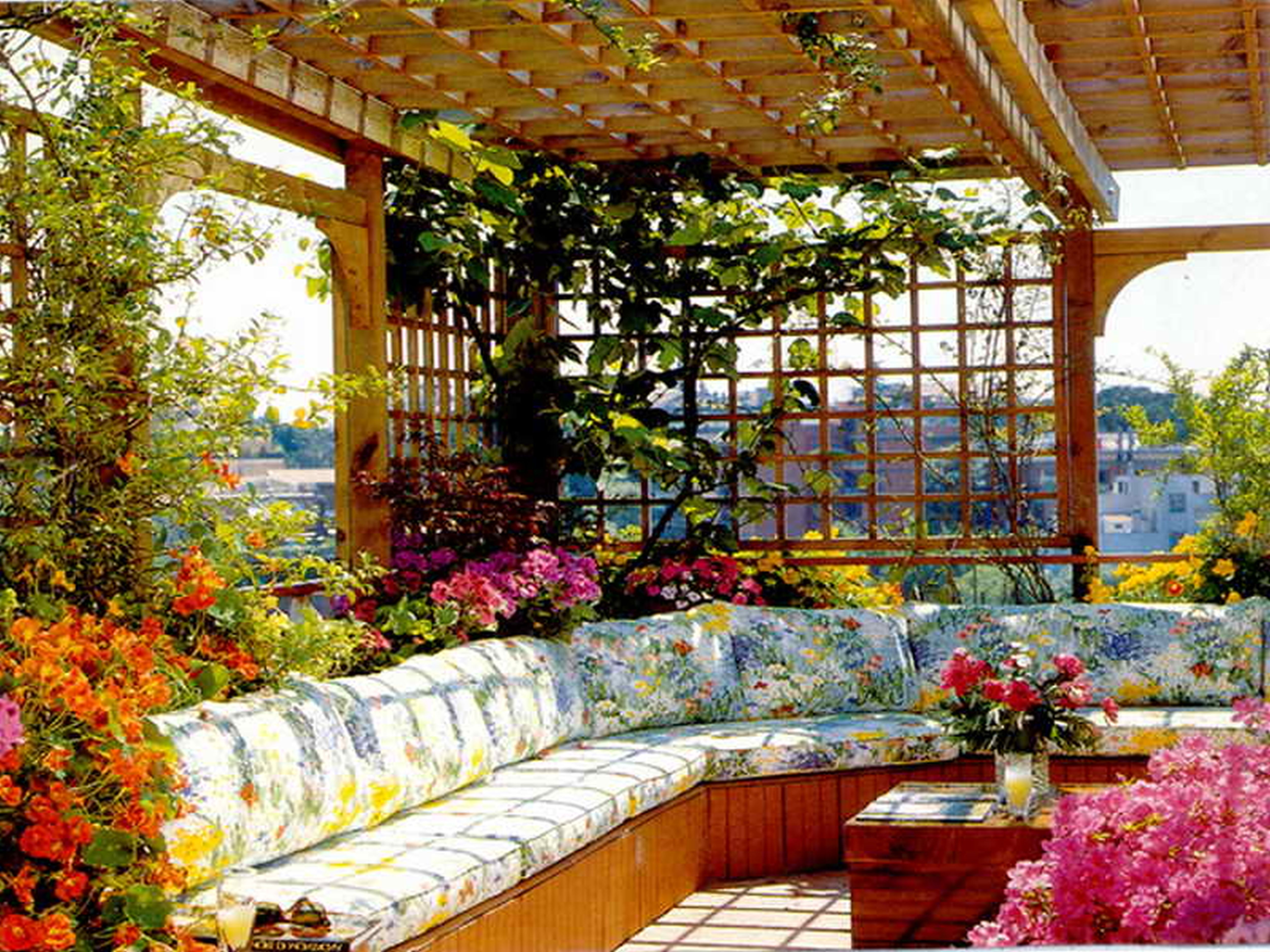 Amazing Design Of Rooftop Garden Ideas With