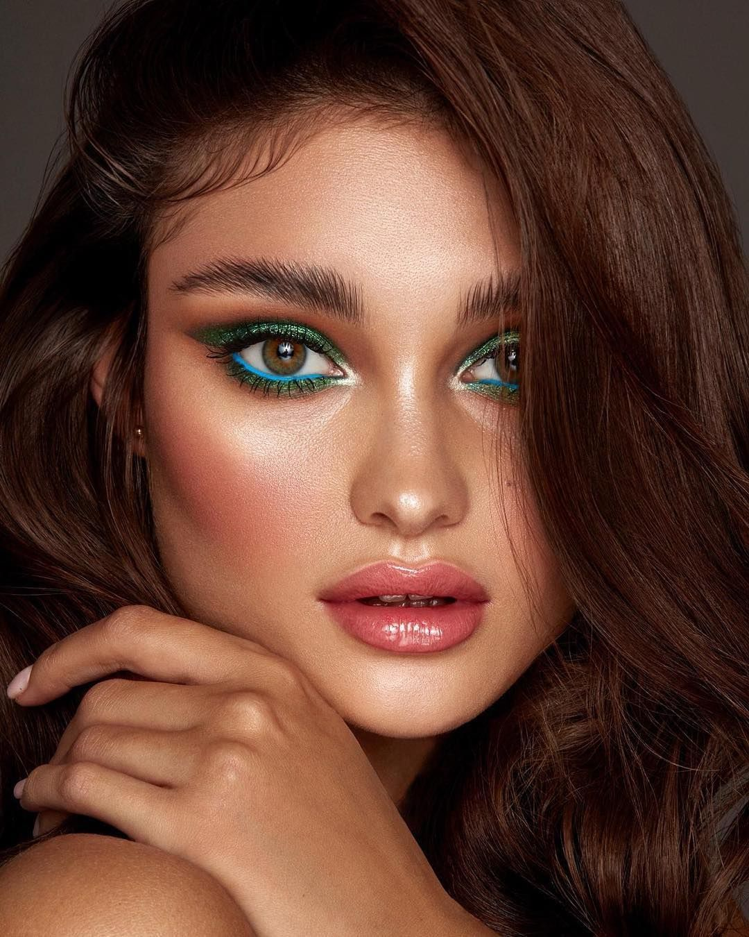 30 Summer Makeup Looks Colorful Glowy Makeup Ideas 2019