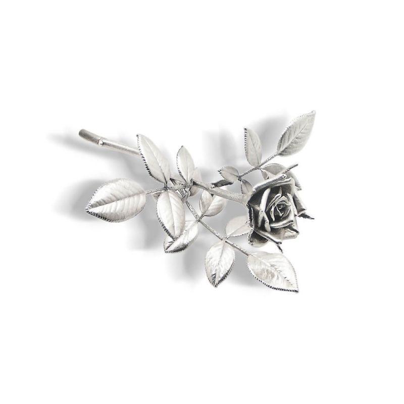 Thallo rose decorative item.