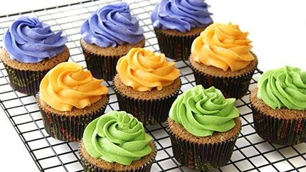 طريقة عمل كب كيك ملون - Colorful cupcake recipe
