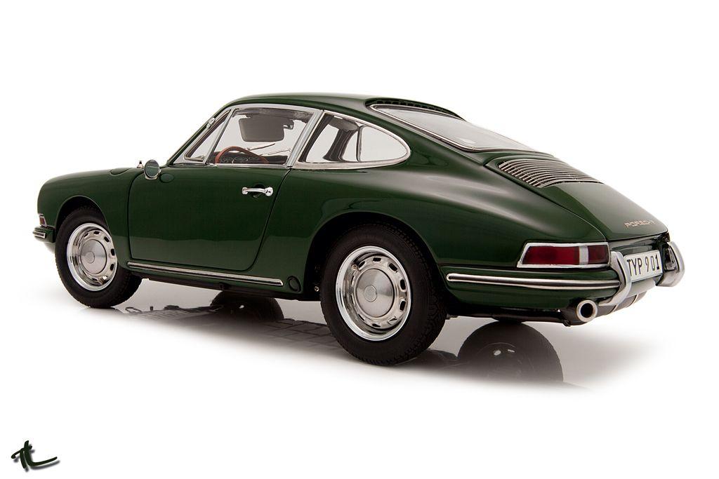 Porche 911 www.vintageroadtrips.com