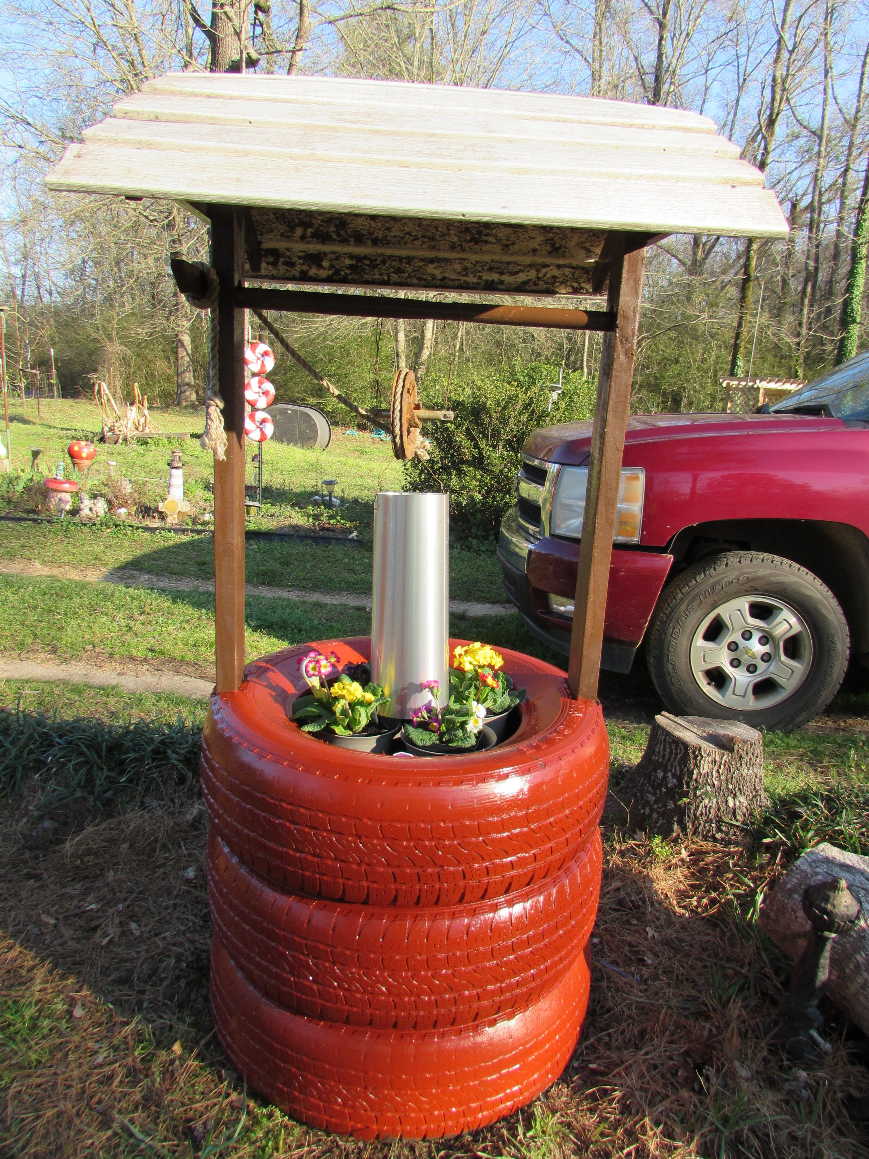 Tire Wishing Well Planter Diy Planters Tyres Recycle 400 x 300