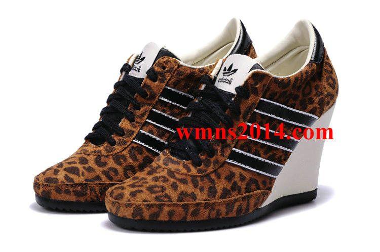 free shipping 88c17 49116 Jeremy Scott Adidas Originals Arrow Wedge Leopard Print Black White