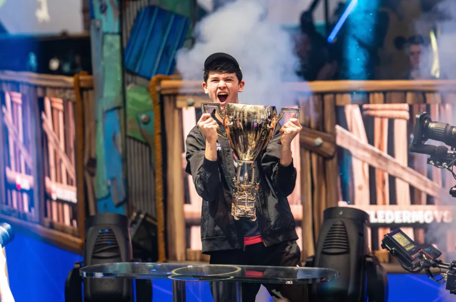 Bugha Wins 3m Solos Prize In Fortnite World Cup 2019 World Cup World Cup Winners World Cup Champions