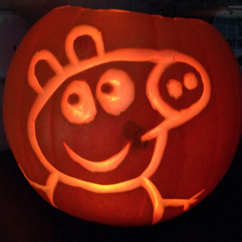 pumpkin template peppa pig  Peppa Pig Pumpkin in 7 | Halloween pumpkin designs ...